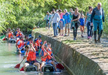 Course de radeaux sur le canal du sud Luberon