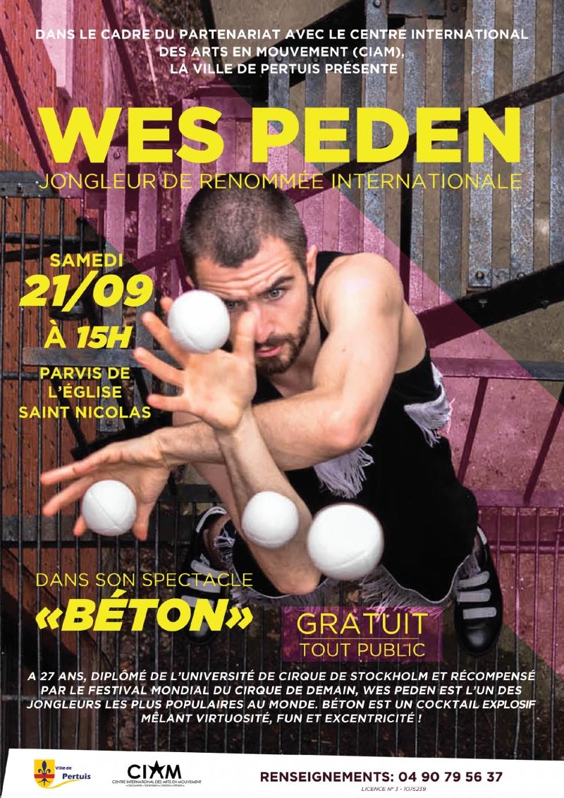 WES PEDEN (jongleur international) à Pertuis