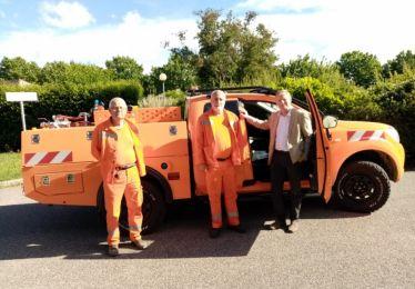 Le Comité Communal des Feux de Forêt reçoit un nouveau véhicule